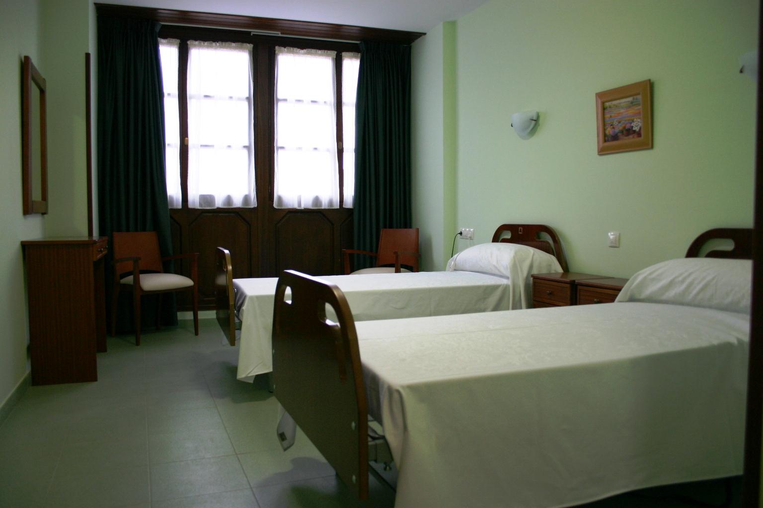Residencial santa cecilia habitaciones - Duchas geriatricas ...