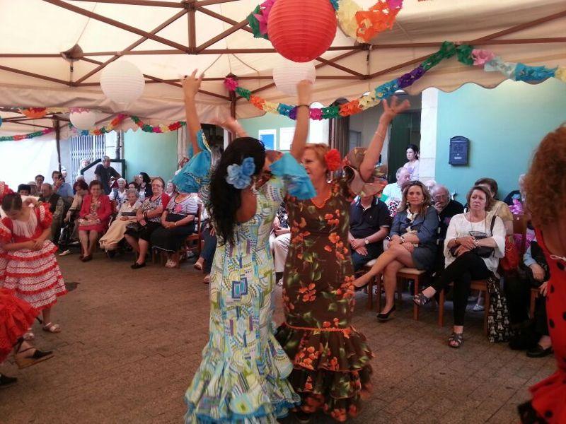 Fiesta 7º Aniversario Residencial Santa Cecilia